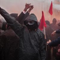 Controverse publique : pour ou contre la stratégie Black Bloc?